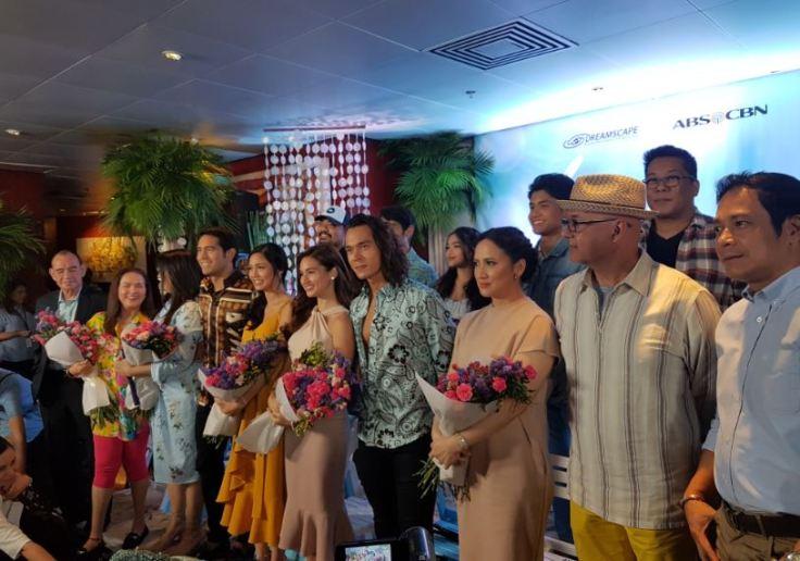 The cast of Ikaw Lang ang Iibigin