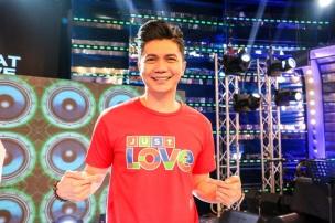 It's Showtime host Vhong Navarro