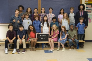 """From L to R: Bryce Gheisar """"Julian,"""" Ty Consiglio """"Amos,"""" James A. Hughes """"Henry,"""" Millie Davis """"Summer,"""" Kyle Breitkopf """"Miles,"""" Elle McKinnon """"Charlotte,"""" Noah Jupe """"Jack Will,"""" Jacob Tremblay as """"Auggie"""" and Daveed Diggs as """"Mr. Browne"""" in WONDER."""
