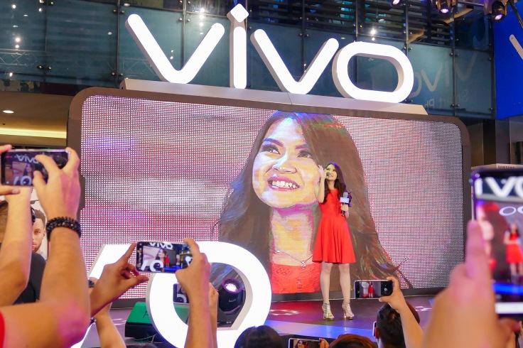 Vivo V9 Velvet REd (3)