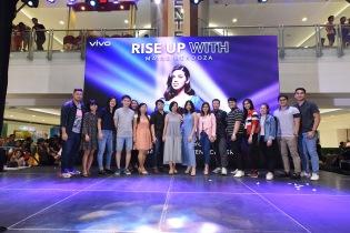 Maine Mendoza Vivo V15 Mall Show (4)