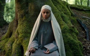 CURSED (L TO R) SHALOM BRUNE-FRANKLIN as SISTER IGRAINE in episode 104 of CURSED Cr. OLLIE UPTON/Netflix © 2020