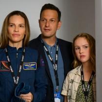AWAY (L to R) HILARY SWANK as EMMA GREEN, JOSH CHARLIES as MATT LOGAN, and TALITHA BATEMAN as ALEXIS LOGAN in episode 101 of AWAY. Cr. DIYAH PERA/NETFLIX © 2020